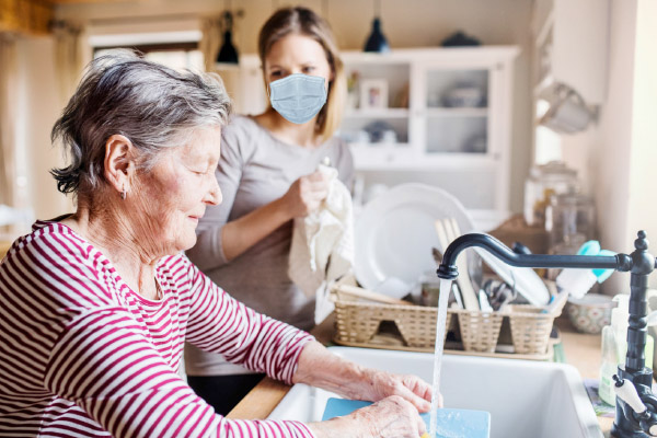 Keep Alzheimer's patients active and engaged with these easy, adapted activity suggestions from the home care professionals at American In-Home Care.
